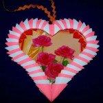 Модульна рамка орігамі у вигляді сердечка на День закоханих