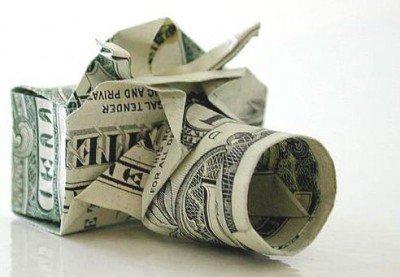 Фотоапарат орігамі з грошей