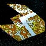муха з паперу (традиційне орігамі)