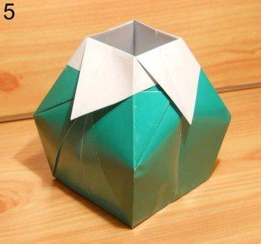 Как сделать вазочку из бумаги быстро
