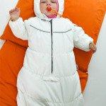Вибір першої одягу для новонародженого