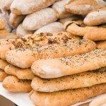 З якого віку дитині можна давати хліб?