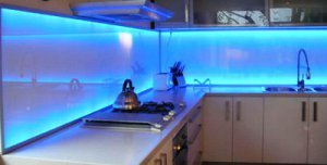 Загартоване скло для кухні