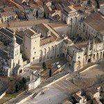 Папський палац – цікаві факти