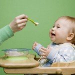 Харчування дитини 7 місяців: вводимо м'ясо