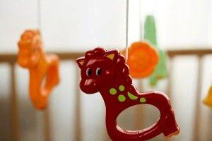 Іграшки для новонародженого